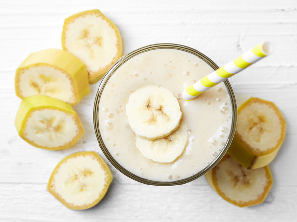 How to make a banana smoothie